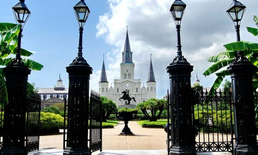 1280px-the_saint_louis_cathedral_-_new_orleans_louisiana