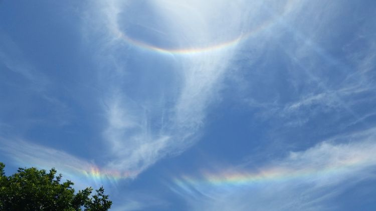a_double_rainbow_halo_on_june_1_2014_at_1-57_pm